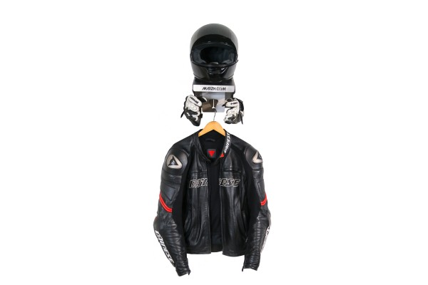 Motorcycle helmet holder EVOSPACE