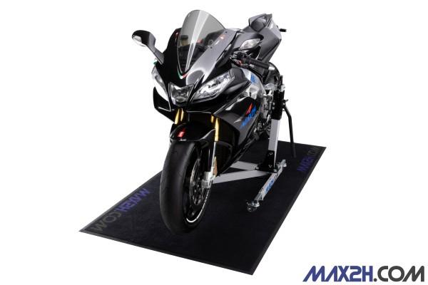 Motorcycle carpet